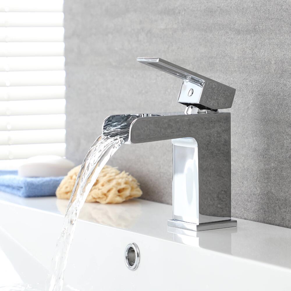 Moderne Einhebel Waschbeckenarmatur mit Wasserfallausguss - Parade