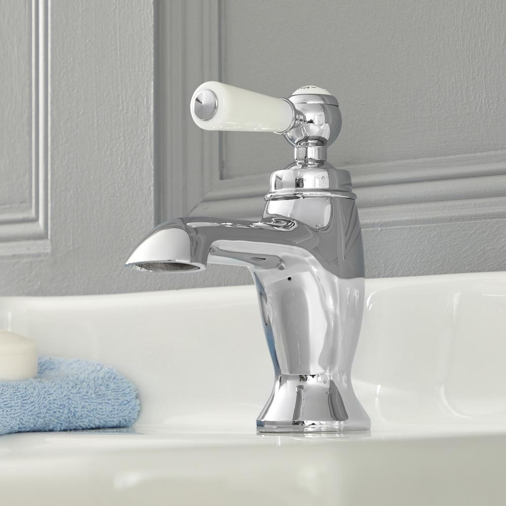 Elizabeth - Traditionelle Einhebel-Waschtischarmatur mit Hebelgriff - Chrom und Weiß