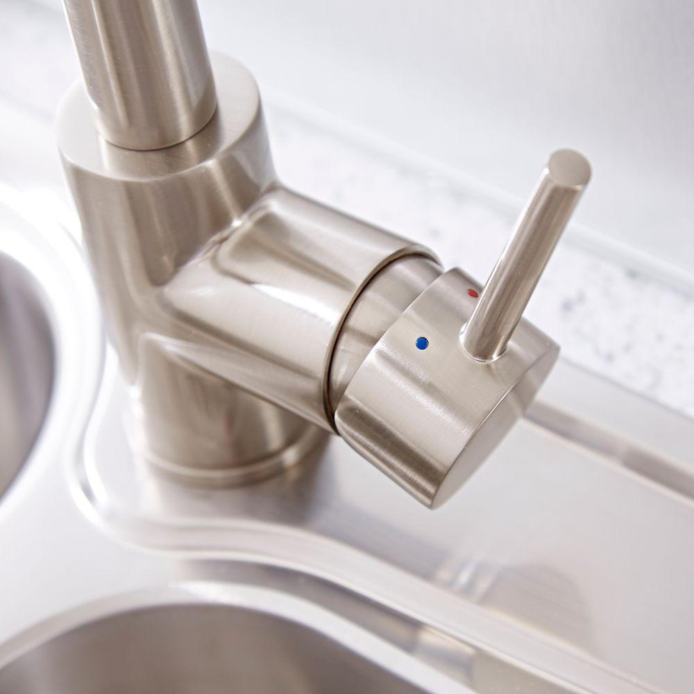 Küchenarmatur mit Schlauchbrause Gebürsteter Stahl