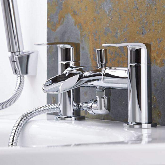 Badewannenarmatur mit Wasserfallausguss und Handbrause