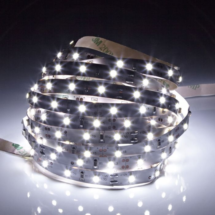 Biard 5m 3528 300 LED Strip, kühles Weiß, zur Innenraumnutzung