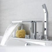 4-Loch Badewannenarmatur mit Wasserfallausguss und Handbrause - Blade