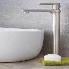 Hohe Einhebel Waschtischarmatur Modern in gebürstetem Nickel - Aldwick