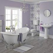 Traditionelle Badausstattung Carlton mit Toilette, Spülkasten hoch, Waschbecken, Badewanne und Armaturen - Greiffüße Chrom