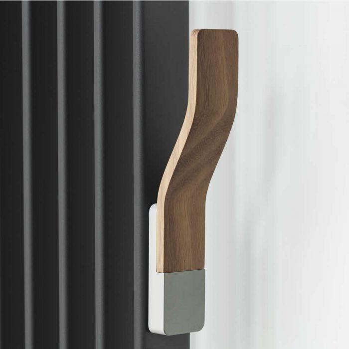 Haken Aluminium mit Teak Holz