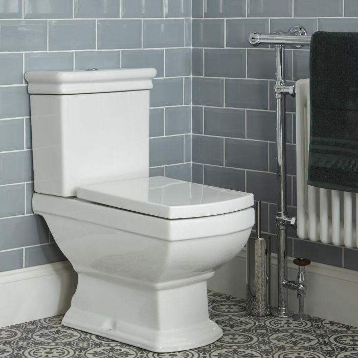 Stand Toilette mit aufgesetztem Spülkasten und Sitz - Chester