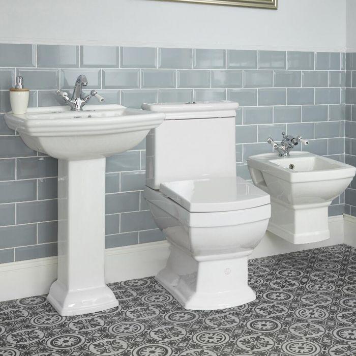 Sandringham Badkeramik Traditionelle Toilette und wandmontiertes Bidet mit wählbarem Waschtisch