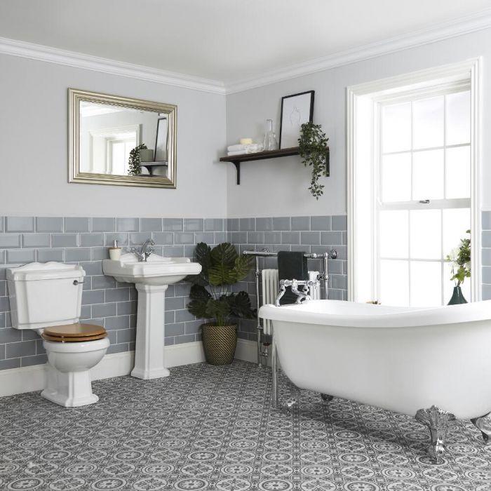 Traditionelles Bad Komplettset - mit freistehender Badewanne, Stand-WC und Standwaschbecken - Oxford