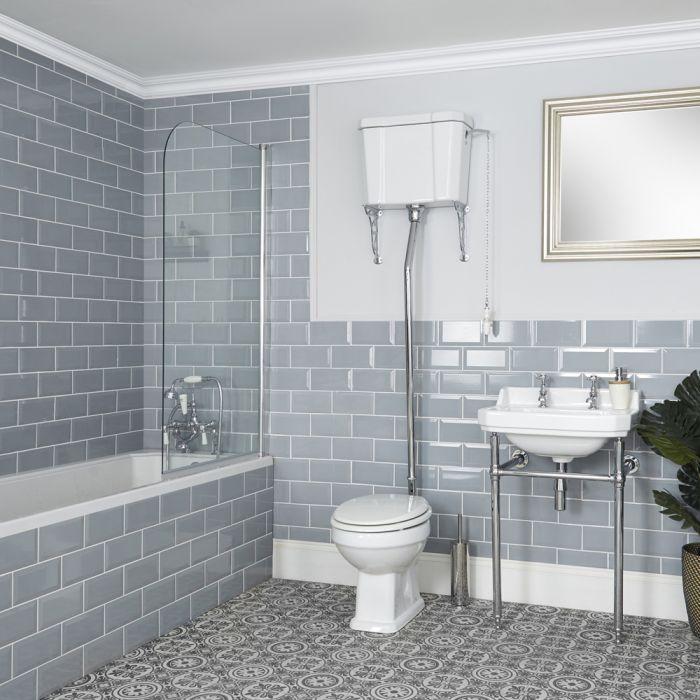 Traditionelles Bad Komplettset - mit Einbau-Badewanne, WC mit hohem Spülkasten und Waschbecken mit Metallgestell – Richmond
