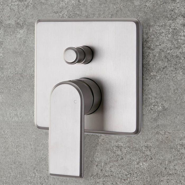 Moderne Manuelle 2-Wege Duscharmatur Unterputz in gebürstetem Nickel - Aldwick
